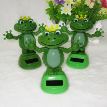 Solar Shaking Frog Environment-friendly Ornamentation