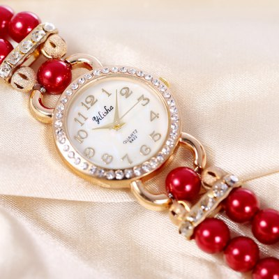 yilisha 2554 Flower Ladies Diamond Bead Chain Quartz WatchWomens Watches<br>yilisha 2554 Flower Ladies Diamond Bead Chain Quartz Watch<br><br>Brand: yilisha<br>Watches categories: Female table<br>Available color: Brown, Black, White, Pink, Red<br>Style: Bracelet, Fashion&amp;Casual<br>Movement type: Quartz watch<br>Shape of the dial: Round<br>Display type: Analog<br>Case material: Alloy<br>Band material: Plastic and steel<br>Clasp type: Magnetic Clasp<br>The dial thickness: 0.9 cm / 0.35 inches<br>The dial diameter: 2.8 cm / 1.1 inches<br>The band width: 1.8 cm / 0.71 inches<br>Product weight: 0.053 kg<br>Package weight: 0.103 kg<br>Product size (L x W x H) : 42.5 x 2.8 x 0.9 cm / 16.70 x 1.10 x 0.35 inches<br>Package size (L x W x H): 20 x 5 x 2 cm / 7.86 x 1.97 x 0.79 inches<br>Package contents: 1 x yilisha 2554 Watch