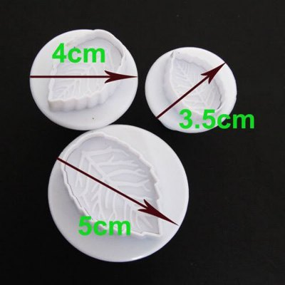 3PCS Leaf Style DIY Baking MoldBaking &amp; Pastry Tools<br>3PCS Leaf Style DIY Baking Mold<br><br>Type: DIY Baking Mold<br>For: Kitchen, Home, etc.<br>Material: Silicone<br>Product weight   : 0.030 kg<br>Package weight   : 0.120 kg<br>Product size (L x W x H)   : 5 x 5 x 2 cm / 1.97 x 1.97 x 0.79 inches<br>Package size (L x W x H)  : 8 x 6 x 6 cm / 3.14 x 2.36 x 2.36 inches<br>Package Contents: 3 x DIY Baking Mold