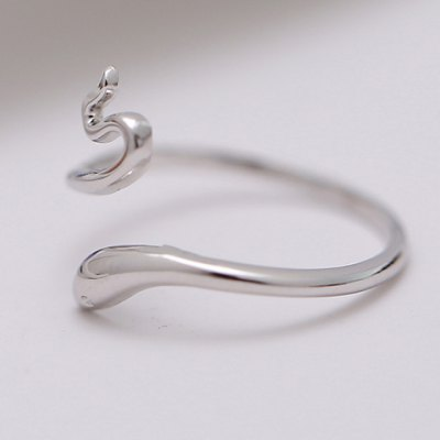 Chic Solid Color Snake Shape Cuff Ring For WomenRings<br>Chic Solid Color Snake Shape Cuff Ring For Women<br><br>Gender: For Women<br>Metal Type: Silver Plated<br>Style: Trendy<br>Shape/Pattern: Animal<br>Diameter: 1.7CM<br>Weight: 0.05KG<br>Package Contents: 1 x Ring