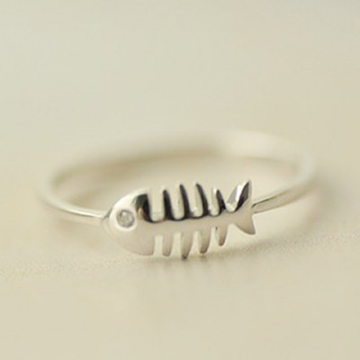 Cute Solid Color  Fishbone Shape Ring For WomenRings<br>Cute Solid Color  Fishbone Shape Ring For Women<br><br>Gender: For Women<br>Metal Type: Silver Plated<br>Style: Trendy<br>Shape/Pattern: Solid<br>Diameter: 1.7CM<br>Weight: 0.05KG<br>Package Contents: 1 x Ring