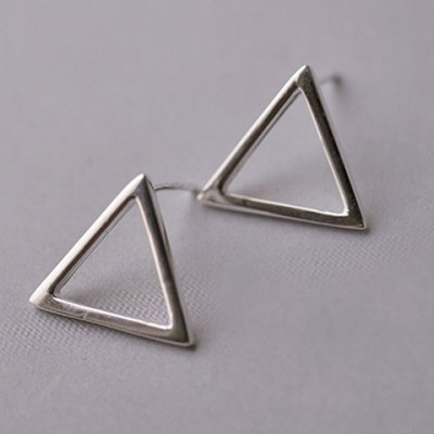 Pair of Simple Style Triangle Solid Color Polished Surface Earrings For Women