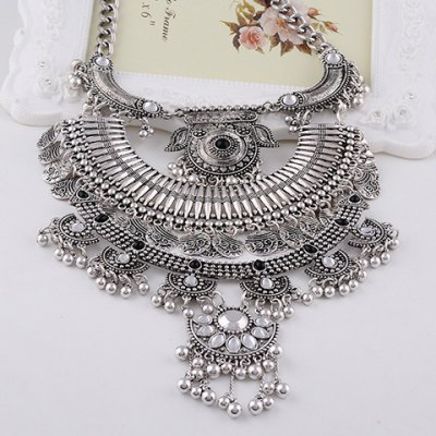 Vintage Faux Crystal Pig Head Shape Beads Hollow Out Necklace For Women