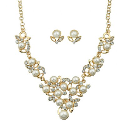 A Suit of Vintage Rhinestoned Faux Pearl Necklace and Earrings For Women