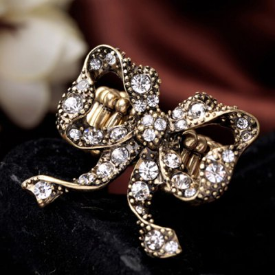 Retro Rhinestone Hollow Out Bowknot Ring For WomenRings<br>Retro Rhinestone Hollow Out Bowknot Ring For Women<br><br>Gender: For Women<br>Metal Type: Alloy<br>Style: Trendy<br>Shape/Pattern: Bows<br>Diameter: 1.7CM<br>Weight: 0.04KG<br>Package Contents: 1 x Ring