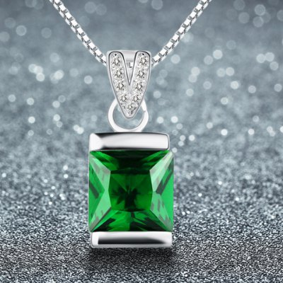 gorgeous-faux-crystal-square-shape-pendant-necklace-for-women