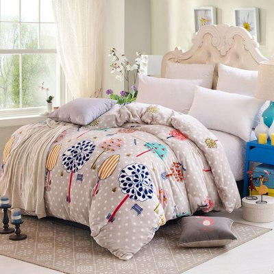 Charming Tree Pattern Polyester Warm Quilt Cover Polyester Blanket