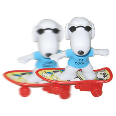 Snoopy with Skateboard Pull-back Toy