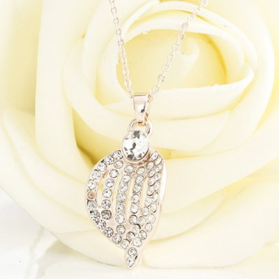 Trendy Rhinestoned Leaf Shape Pendant Necklace For WomenNecklaces &amp; Pendants<br>Trendy Rhinestoned Leaf Shape Pendant Necklace For Women<br><br>Item Type: Pendant Necklace<br>Gender: For Women<br>Necklace Type: Link Chain<br>Style: Trendy<br>Shape/Pattern: Others<br>Weight: 0.056KG<br>Package Contents: 1 x Necklace