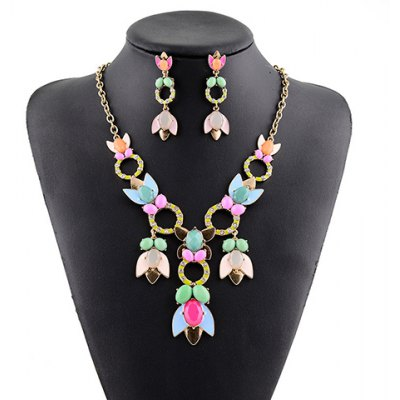 A Suit of Graceful Rhinestone Floral Hollow Out Necklace and Earrings For Women