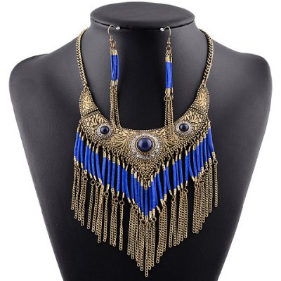 A Suit of Graceful Rhinestone Hollow Out Fox Necklace and Earrings For Women