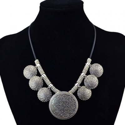 Vintage Faux Leather Round Carving Floral Pattern Pendant Necklace For Women