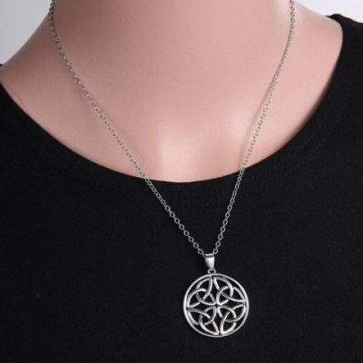 Vintage Round Hollow Out Pendant Necklace For Women