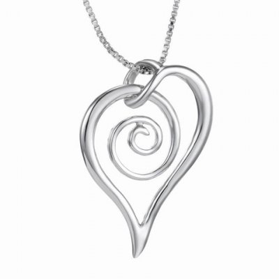 Cute Solid Color Love Heart Hollow Out Pendant Necklace For Women
