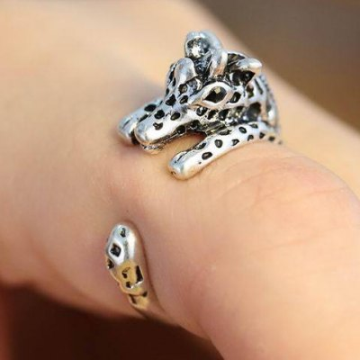 Vintage Giraffe Shape Cuff Ring For Women