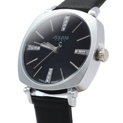 Julius JA - 388 Female Square Case Round Dial Quartz WatchCouples Watches<br>Julius JA - 388 Female Square Case Round Dial Quartz Watch<br><br>Brand: Julius<br>Watches categories: Female table<br>Style: Fashion&amp;Casual<br>Movement type: Quartz watch<br>Shape of the dial: Round<br>Display type: Analog<br>Case material: Alloy<br>Band material: Leather<br>Clasp type: Pin buckle<br>Water resistance : 30 meters<br>The dial thickness: 0.6 cm / 0.24 inches<br>The dial diameter: 2.9 cm / 1.14 inches<br>The band width: 1.3 cm / 0.51 inches<br>Wearable length: 15.5 - 19.8 cm / 6.10 - 7.80 inches<br>Product weight: 0.025 kg<br>Package weight: 0.080 kg<br>Product size (L x W x H) : 21.7 x 2.9 x 0.6 cm / 8.53 x 1.14 x 0.24 inches<br>Package size (L x W x H): 22.7 x 3.9 x 1.6 cm / 8.92 x 1.53 x 0.63 inches<br>Package contents: 1 x Julius JA - 388 Ladies Leather Quartz Watch