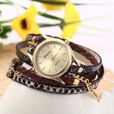 Bracelet Quartz Watch for LadiesWomens Watches<br>Bracelet Quartz Watch for Ladies<br><br>Watches categories: Female table<br>Style: Bracelet<br>Movement type: Quartz watch<br>Shape of the dial: Round<br>Display type: Analog<br>Case material: Alloy<br>Band material: Leather<br>Clasp type: Buckle<br>The dial thickness: 0.7 cm / 0.28 inches<br>The dial diameter: 2.7 cm / 1.06 inches<br>The band width: 1.2 cm / 0.47 inches<br>Product weight: 0.024 kg<br>Package weight: 0.084 kg<br>Product size (L x W x H): 56 x 2.7 x 0.7 cm / 22.01 x 1.06 x 0.28 inches<br>Package size (L x W x H): 28 x 4.7 x 1.7 cm / 11.00 x 1.85 x 0.67 inches<br>Package Contents: 1 x Genava Women Woven Bracelet Quartz Watch