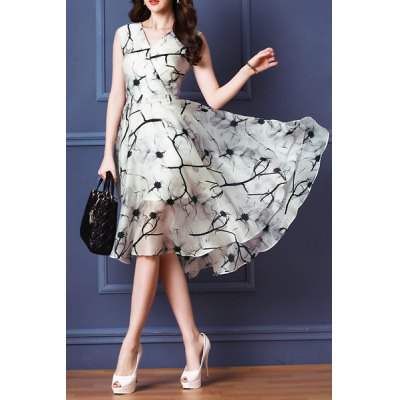 Vintage V-Neck Printed Sleeveless Dress For WomenWomens Dresses<br>Vintage V-Neck Printed Sleeveless Dress For Women<br><br>Style: Vintage<br>Material: Polyester<br>Fabric Type: Chiffon<br>Silhouette: Pleated<br>Dresses Length: Mid-Calf<br>Neckline: V-Neck<br>Sleeve Length: Sleeveless<br>Pattern Type: Print<br>With Belt: No<br>Season: Summer<br>Weight: 0.270KG<br>Package Contents: 1 x Dress