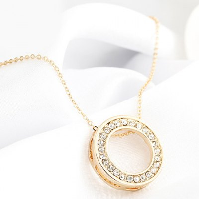 Fashionable Rhinestoned Hollow Out Round Shape Pendant Necklace For Women