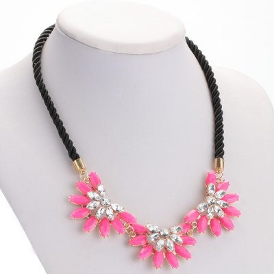 Retro Rhinestone Sunflower Alloy Rope Necklace for Ladies