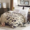 Charming Coral Fleece Geometric Shape Printed Warm Quilt Cover Polyester Blanket