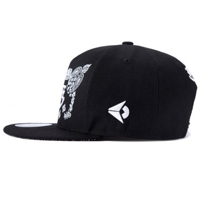 Stylish Gothic Letters and Paisley Embroidery Baseball Cap For Men