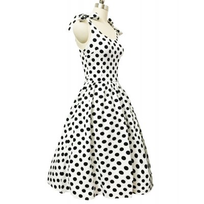 Graceful Bowknot Strappy Sleeveless Ball Gown Polka Dot Dress For WomenWomens T-Shirts<br>Graceful Bowknot Strappy Sleeveless Ball Gown Polka Dot Dress For Women<br><br>Style: Vintage<br>Material: Polyester<br>Silhouette: Ball Gown<br>Dresses Length: Mid-Calf<br>Neckline: Scoop Neck<br>Sleeve Length: Sleeveless<br>Pattern Type: Polka Dot<br>With Belt: No<br>Season: Summer<br>Weight: 0.377KG<br>Package Contents: 1 x Dress