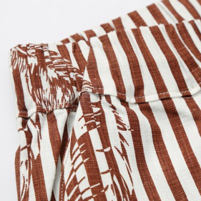 Фотография Loose Stripe Lace Up Feather Printed Fifth Pants Beach Shorts For Men