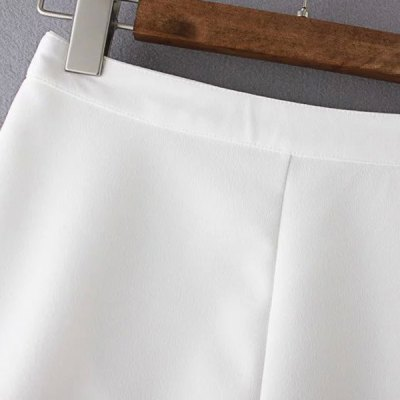 Casual Solid Color Zippered Mini Shorts For Women