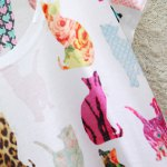 Stylish Round Neck Short Sleeve Colorful Cats Print High-Low Hem T-Shirt For Women deal