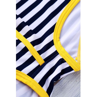 Lace Up Color Block Stripe Sexy Sports Style Men's Swimming Trunks от GearBest.com INT