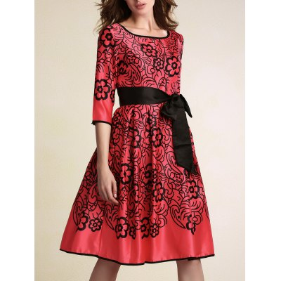 Stylish Round Neck 3/4 Sleeve Belted Printed Women's Dress