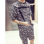 cheap Floral Stripes Pattern Round Neck Short Sleeves Printed T-Shirt Suits For Men(T-Shirt+Shorts)