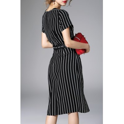 Waisted Corset Stripe DressDesigner Dresses<br>Waisted Corset Stripe Dress<br><br>Style: Casual<br>Occasion: Day<br>Material: Linen,Silk<br>Composition: 100%Silk,100%Linen<br>Silhouette: A-Line<br>Dresses Length: Mid-Calf<br>Neckline: Round Collar<br>Sleeve Length: Short Sleeves<br>Pattern Type: Striped<br>With Belt: No<br>Season: Summer<br>Weight: 0.320kg<br>Package Contents: 1 x Dress
