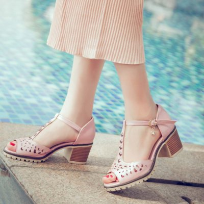 Sweet T-Strap and Peep Toe Design Sandals For Women