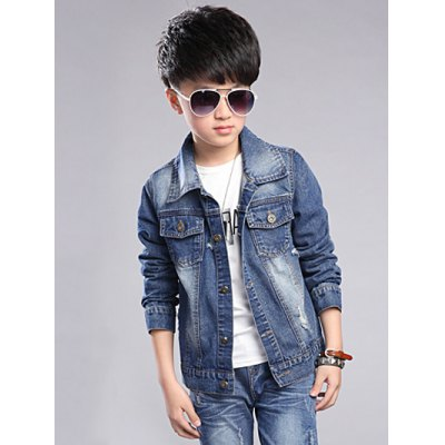 Chic Pocket Design Boys Denim JacketBoys Clothing<br>Chic Pocket Design Boys Denim Jacket<br><br>Clothes Type: Jackets<br>Material: Jeans<br>Fabric Type: Denim<br>Collar: Turn-down Collar<br>Closure Type: Single Breasted<br>Clothing Length: Regular<br>Style: Fashion<br>Sleeve Length: Long Sleeves<br>Season: Fall,Spring<br>Weight: 0.478kg<br>Package Contents: 1 x Jacket