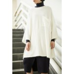 Loose Single Pocket Batwing Sleeve Sweater