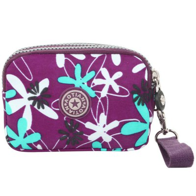 Casual Color Splicing and Floral Print Design Coin Purse For WomenCasual Color Splicing and Floral Print Design Coin Purse For Women<br><br>Gender: For Women<br>Style: Casual<br>Closure Type: Zipper<br>Pattern Type: Floral<br>Main Material: Cotton Fabric<br>Length: 14CM<br>Width: 6CM<br>Height: 10CM<br>Weight: 0.109kg<br>Package Contents: 1 x Coin Purse