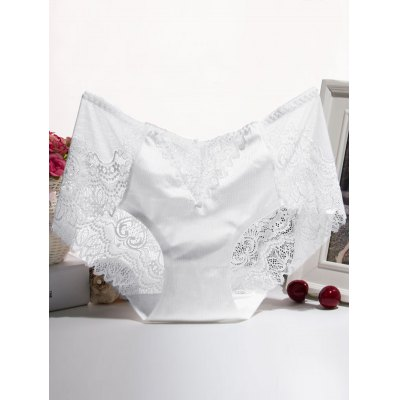 Scalloped Embroidered Lace Splicing Briefs