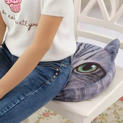 3D Short Plush Sponge Padding Nekolus Shape Sofa Cushion