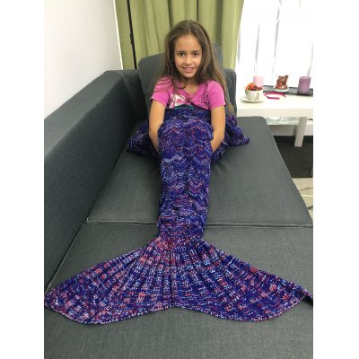 Super Soft Acrylic Knitted Mermaid Tail Style Blanket