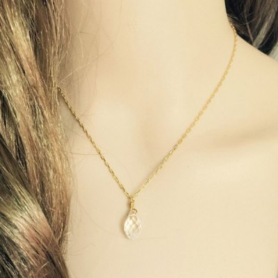 Delicate Faux Crystal Waterdrop Pendant Necklace