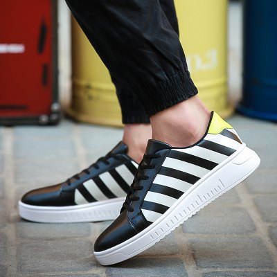 PU Leather Striped Tie Up Casual ShoesCasual Shoes<br>PU Leather Striped Tie Up Casual Shoes<br><br>Gender: For Men<br>Toe Style: Closed Toe<br>Toe Shape: Round Toe<br>Closure Type: Lace-Up<br>Shoe Width: Medium(B/M)<br>Pattern Type: Striped<br>Embellishment: None<br>Occasion: Casual<br>Outsole Material: Rubber<br>Upper Material: PU<br>Season: Spring/Fall<br>Weight: 0.850kg<br>Package Contents: 1 x Casual Shoes (pair)
