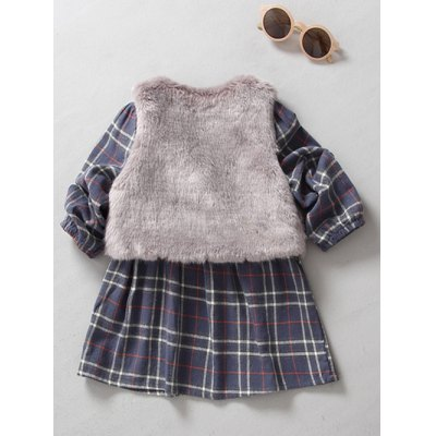 Kids Long Sleeve Plaid Mini Dress With CapeGirls Clothing<br>Kids Long Sleeve Plaid Mini Dress With Cape<br><br>Style: Casual<br>Material: Polyester<br>Silhouette: A-Line<br>Dresses Length: Mini<br>Neckline: Round Collar<br>Sleeve Length: Long Sleeves<br>Pattern Type: Plaid<br>With Belt: No<br>Season: Fall,Spring<br>Weight: 0.304kg<br>Package Contents: 1 x Dress   1x Cape