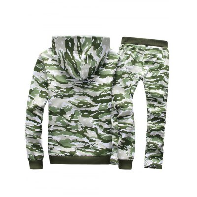 Camo Flocking Hoodie and Drawstring Pants TwinsetMens Hoodies &amp; Sweatshirts<br>Camo Flocking Hoodie and Drawstring Pants Twinset<br><br>Material: Cotton Blends<br>Clothing Length: Regular<br>Sleeve Length: Full<br>Style: Casual<br>Weight: 0.950kg<br>Package Contents: 1 x Hoodie  1 x Pants