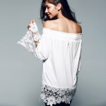 Off The Shoulder Lace Splicing Blouse photo