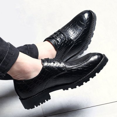 Tie Up Point Toe Casual ShoesCasual Shoes<br>Tie Up Point Toe Casual Shoes<br><br>Gender: For Men<br>Toe Style: Closed Toe<br>Toe Shape: Pointed Toe<br>Closure Type: Lace-Up<br>Shoe Width: Medium(B/M)<br>Pattern Type: Solid<br>Embellishment: None<br>Occasion: Casual<br>Outsole Material: Rubber<br>Upper Material: Microfiber<br>Season: Spring/Fall,Winter<br>Weight: 0.950kg<br>Package Contents: 1 x Shoes (pair)