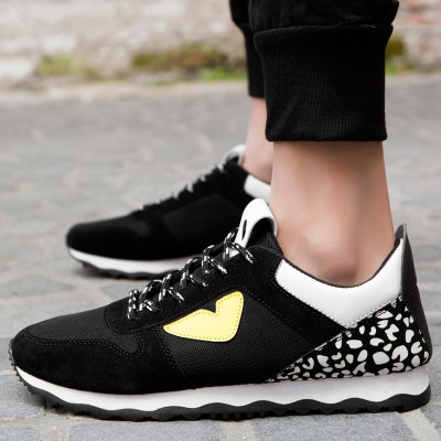 Breathable Tie Up Casual Shoes