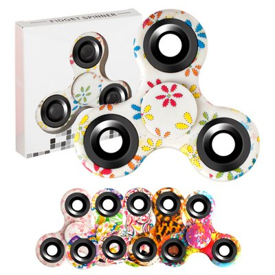 Stress Relief Toy Triangle Patterned Fidget SpinnerFidget Spinners<br>Stress Relief Toy Triangle Patterned Fidget Spinner<br><br>Features: Creative Toy<br>Frame material: Plastic<br>Package Contents: 1 x Fidget Spinner<br>Products Type: Fidget Spinner<br>Shape/Pattern: Print<br>Swing Numbers: Tri-Bar<br>Weight: 0.0800kg