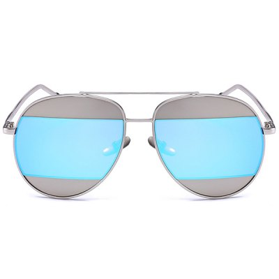 Two-Tone Splicing Anti UV Mirrored SunglassesStylish Sunglasses<br>Two-Tone Splicing Anti UV Mirrored Sunglasses<br><br>Frame material: Alloy<br>Gender: For Unisex<br>Group: Adult<br>Lens height: 5.2CM<br>Lens material: Resin<br>Lens width: 5.8CM<br>Nose: 1.7CM<br>Package Contents: 1 x Sunglasses<br>Style: Fashion<br>Temple Length: 15.0CM<br>Weight: 0.0500kg